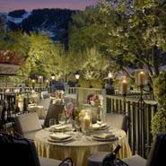 Hotel Jerome's garden terrace
