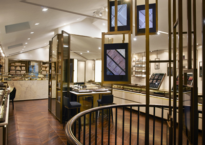 BURBERRY_COVENT_GARDEN_STORE_INTERIOR