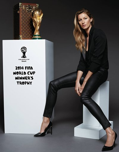 louis vuitton.fifa trophy case giesele