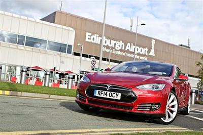 Tesla Supercharging Edinburgh1