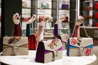 Gucci_Store_ Montenpoleone_handbags