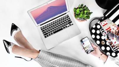 Bloomingdales-ecommerce-employee-work-Internet-social-media-mobile-400