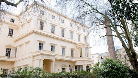 Luxury and travel hub esquire uk brings editorial for 18 carlton house terrace in st james
