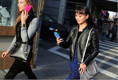 Michael Kors mobile phone 400